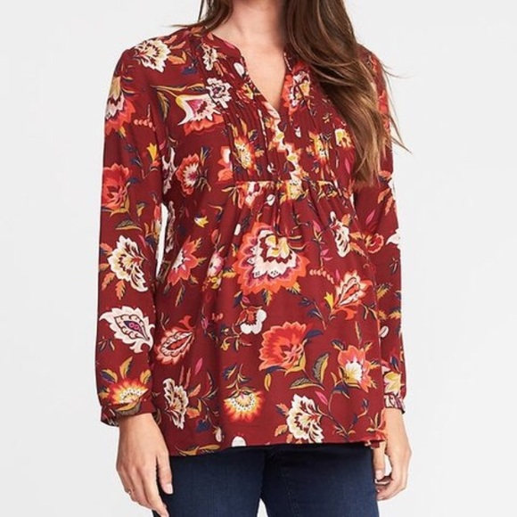 aedfcff80fb21 NWT Old Navy Pintuck Swing Blouse